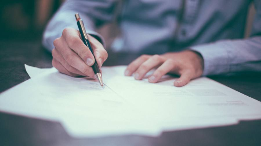 Pandemic prompts one in five employers to change employee contracts