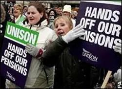 Strike nears in university pensions row