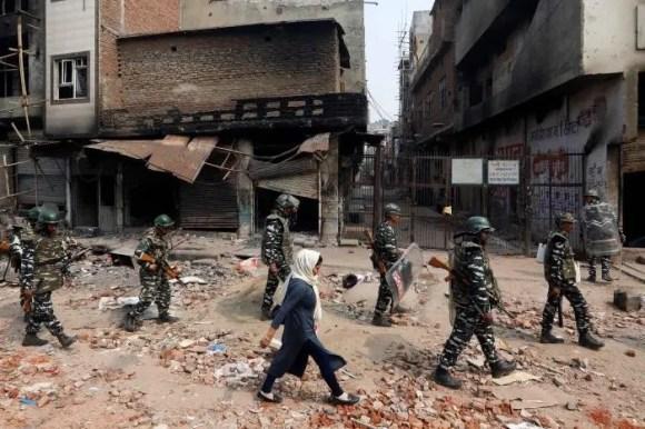 202102asia_india_delhi_riots