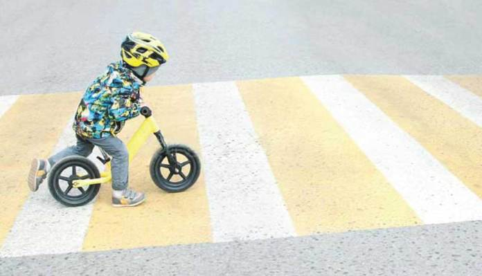 7 Tips To Keep Your Child Safe On Roads