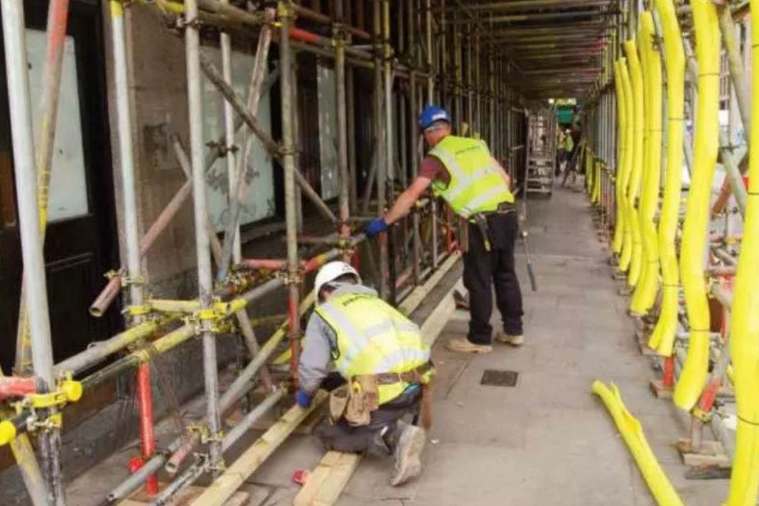 Who Is Allowed To Carry Out A Scaffold Inspection