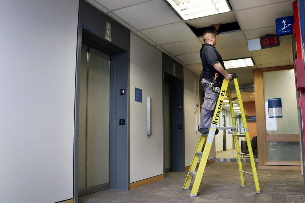 The Three-Point-Control & Correct Ladder Angle Guidelines For Portable Ladders