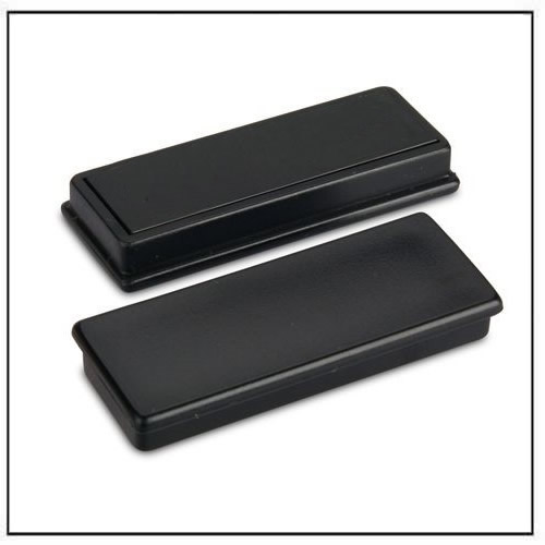 Black Rectangular Plastic Cap Magnets in Ferrite