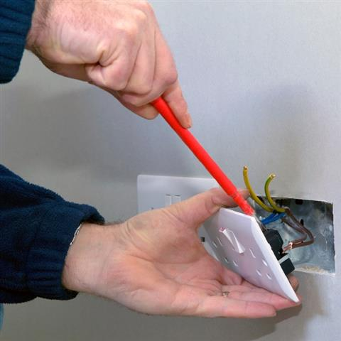 13amp socket hsr electrical belper (Small)