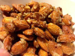 Chili- & limerostade mandlar - Recept från Hssons Skafferi