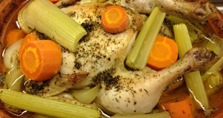 Ölrostad kyckling i lergryta - Recept ur Hssons Skafferi