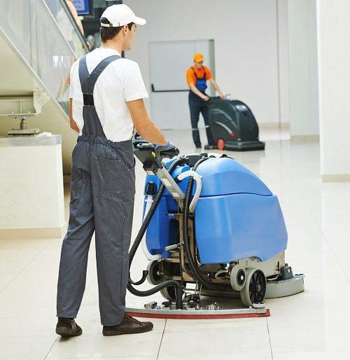what are the different jobs in a hotel,
