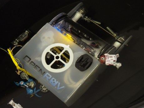 OpenROV, an underwater exploration robot