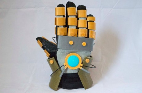 The Legend of Korra Avatar Electrified glove Pic 4