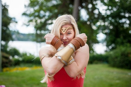 Wonder Woman Bracers 3D Print Pic 1