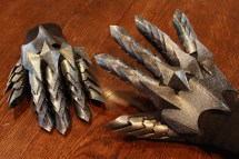 The Lord of the Rings Witch King Gauntlets Pic 4