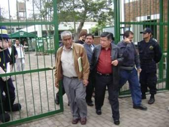 Alcalde Jaime Uribe y Nelson Chui  en Presupuesto Participativo Regional Lima 2009