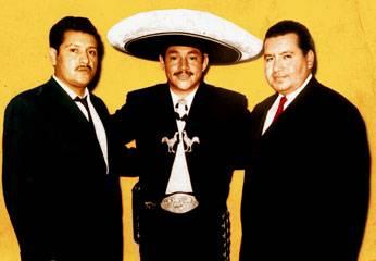 Aníbal Morales, Javier Solís, y Tito Junco