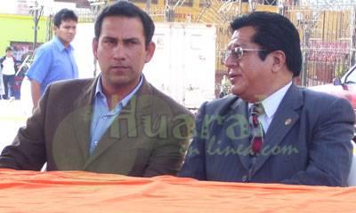 Alcalde de Cañete Javier Alvarado y Director de UGEL Nº10.