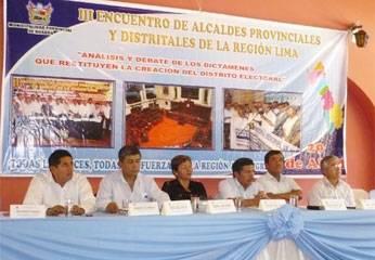 Autoridades presentes en el III Encuentro de Alcaldes y Sociedad Civil que acordó Paro Regional el 01 de junio