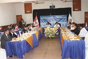 Autoridades presentes consejeros regionales y alcaldes provinciales de Lima Provincias