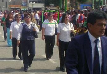 Foto recuerdo: Cinthia en desfile.