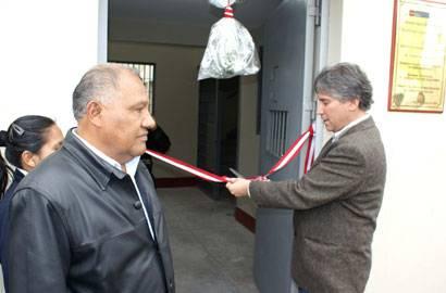 Ministro de Justicia Aurelio Pastor inaugurando la ampliación del penal de Aucallama.