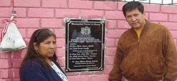 Foto archivo. Alcalde de Chancay inaugurando obra.