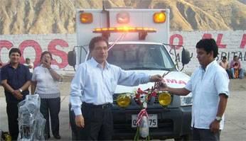 Entregan  ambulancia equipada al centro de salud Acos
