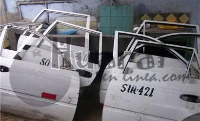 Auto partes de vehículos robados. foto archivo.