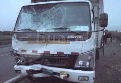 Camion arrolló a mototaxista.