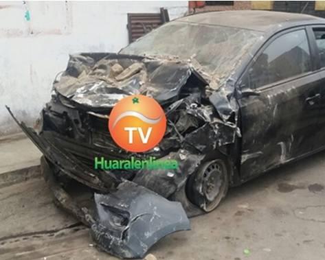 Tres personas resultaron heridas tras chocar con una pared en Huaral
