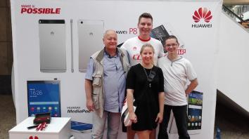Vier Glücksfeen bei Huawei
