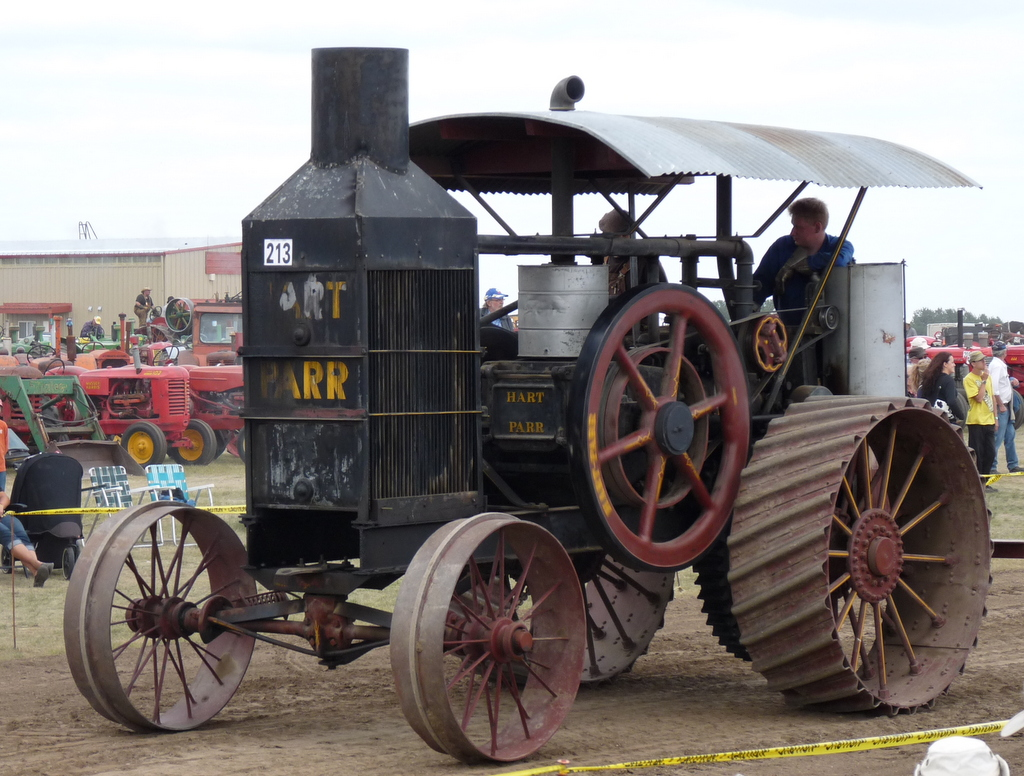 picture of old tractor