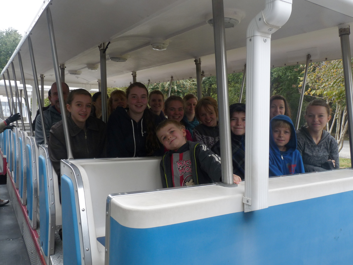 Picture of crowd on the SCH tram
