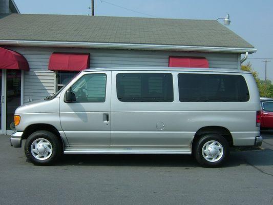 12 Seater Van Nice Tops
