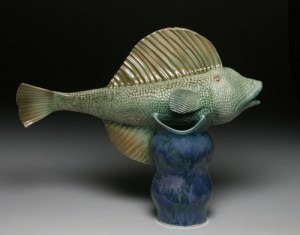 w. Long Fish Pot