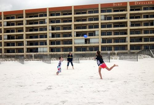 2014-03-15-kids-frisbee04