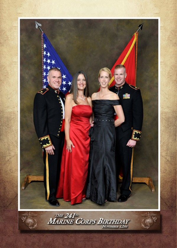2016-11-13-offical-usmc-ball-photo-border
