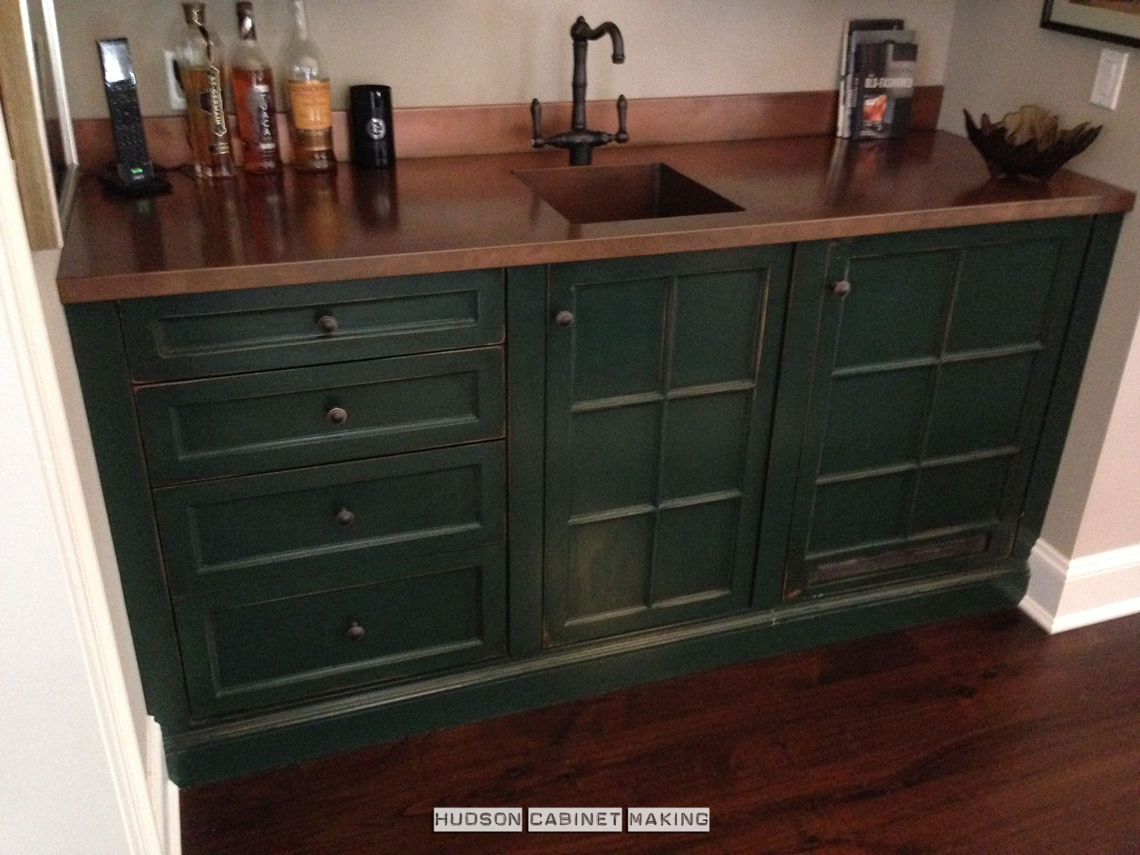 Copper Top Bars. Antique Wet Bar Floor Cabs