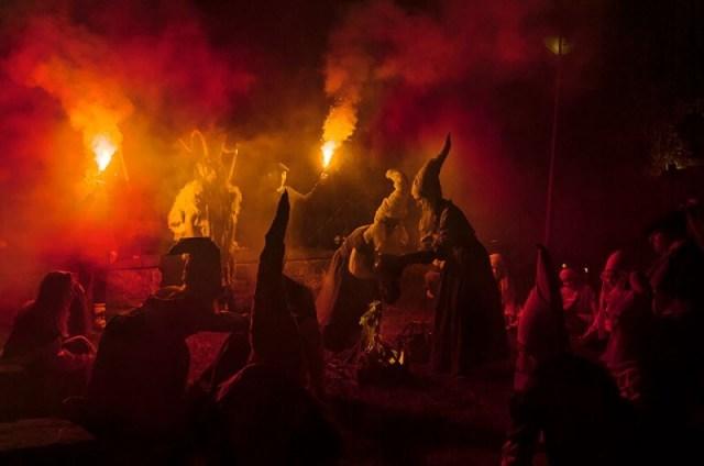 Aquelarre de brujas, del Grupo de Teatro de Zugarramurdi. Foto: Lorena Gil Fernández photography