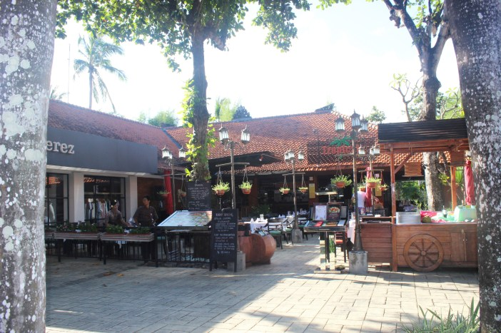 Places to eat and visit in Bali Nusa Dua, Trip tp Bali