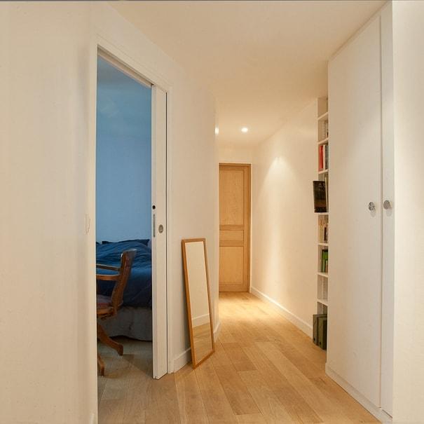 Travaux de rénovation et aménagement du couloir