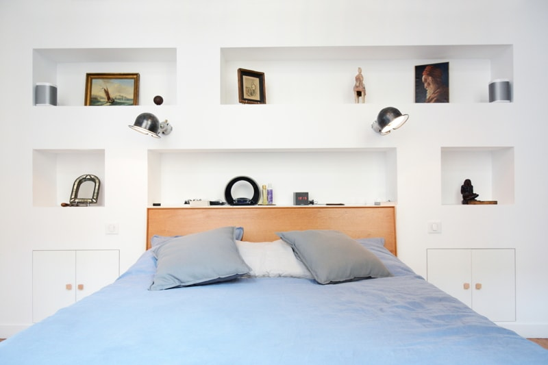 Création de niches pour la nouvelle tête de lit