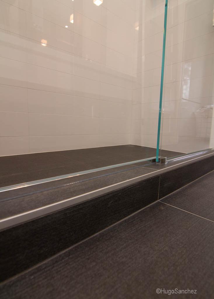 Linear Shower Drain C 233 Ramiques Hugo Sanchez