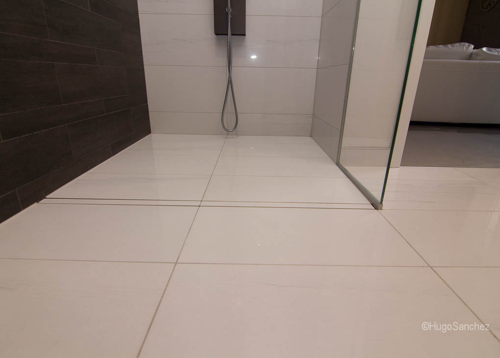 Entrance Shower Drain Cramiques Hugo Sanchez Inc