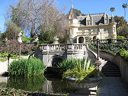 250px-kimberly_crest_house_and_gardens