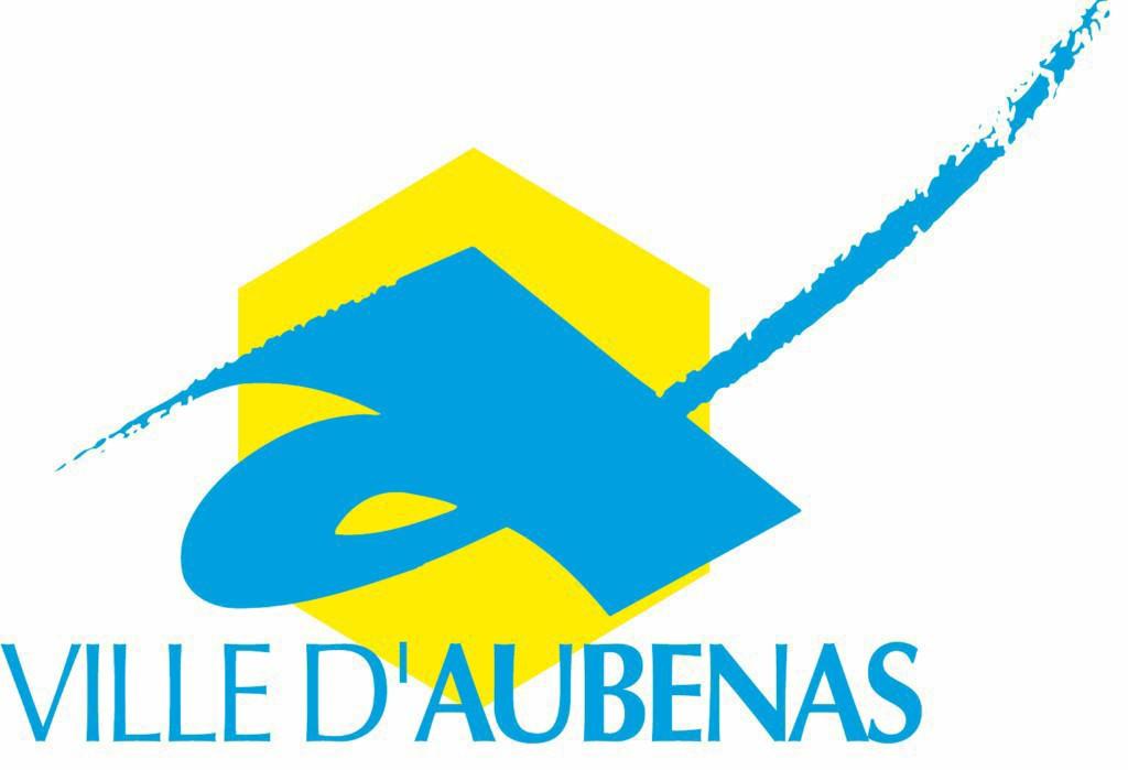 HEXA DEBARRAS, spécialiste du débarras dans toute la France, intervient dans l'Ardèche pour vider vos locaux commerciaux, maison de vos encombrants et mobiliers