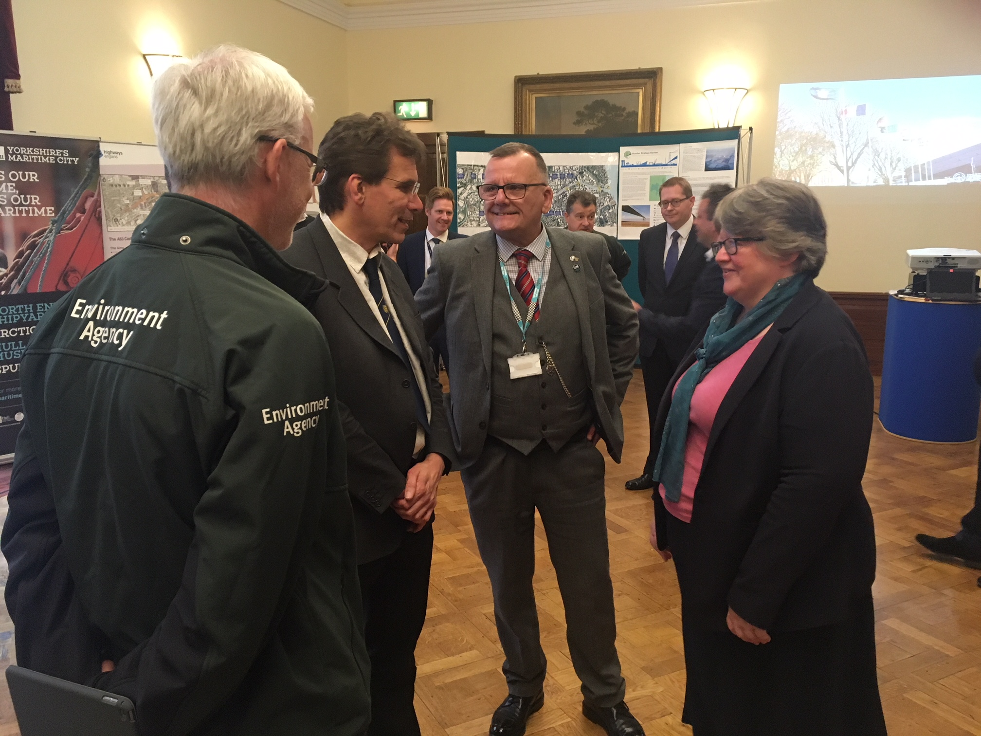 Councillor Daren Hale meets Environment Minister Therese Coffey.