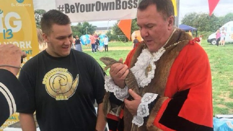 Ben Robinson of PreHistoric Hull with Hull's Lord Mayor, Councillor Steve Wilson.