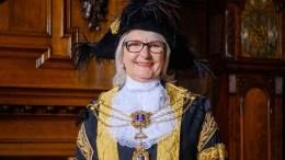 Lord Mayor, Cllr Lynn Petrini