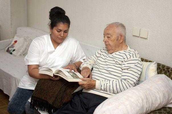 Cuidadoras y cuidadores internas e internos