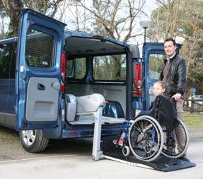 coche adaptado persona con discapacidad