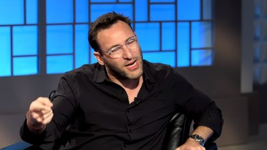 Photo of How to Motivate People, Transform Business, and Be a True Leader | Simon Sinek on Impact Theory