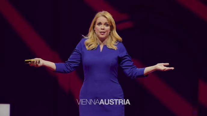 Photo of How to Be More Powerful Than You Can Possibly Imagine   Chase Masterson   TEDxVienna
